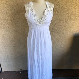 Forever 21 | white linen and lace maxi dress